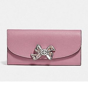 COACH SLIM ENVELOPE WALLET WITH BOW TURN-LOCK